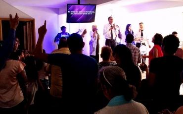 La adoración, no solamente es cantar